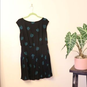 Loft dress with green hearts and pleats
